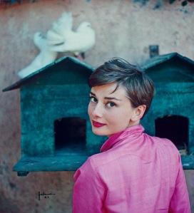 Audrey Hepburn by Philippe Halsman for LIFEmagazine, 1954 © Philipe Halsman/Magnum Photos
